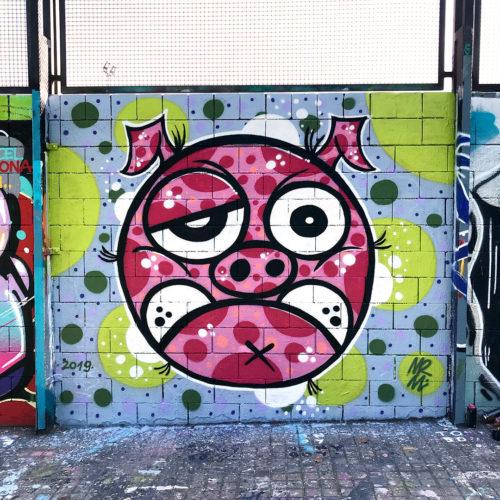 Pig. Street art. Image.
